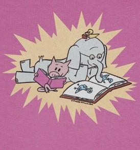 piggie-and-elephant-mo-willem-tshirt-pink-closeup